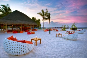 Kuramathi Island Resort Malediven strand