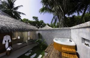 Kuramathi Resort Beach Villa Deluxe Jacuzzi