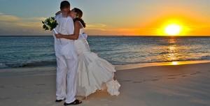 net-getrouwd-op-druif-beach-aruba